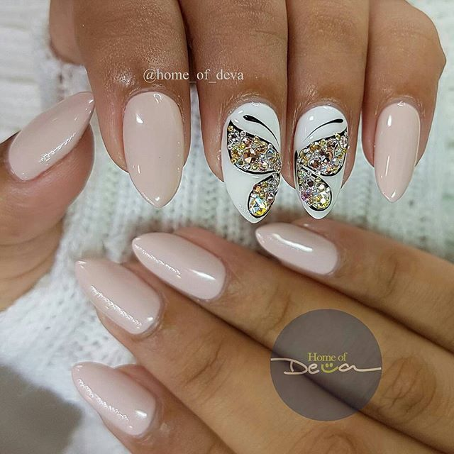 Best 25 butterfly nail art ideas on pinterest butterfly nail butterfly nail art prinsesfo Images