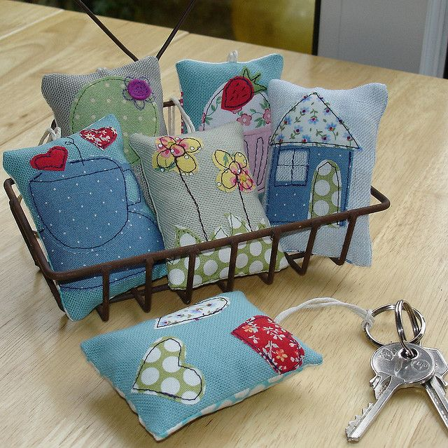 lavender key rings by DinkyDaisy, via Flickr