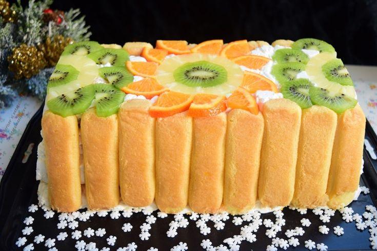 Tort răcoros cu cremă de iaurt și fructe - Rețete Merișor