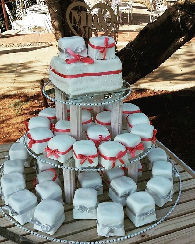 #WeddingCake @riverplacelodge