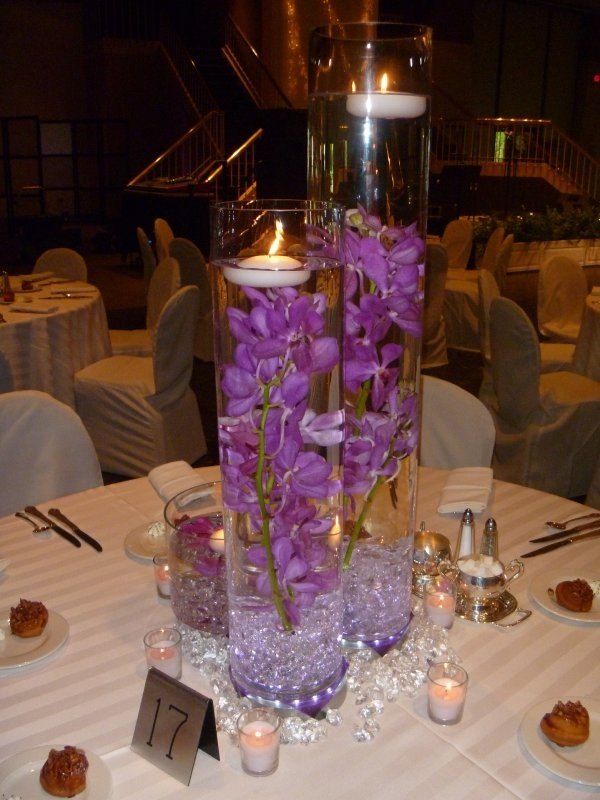 You Get Fake Flowers In Whatever Color From The Dollar Store A Little Candle Wedding PinsWedding FavoursFall
