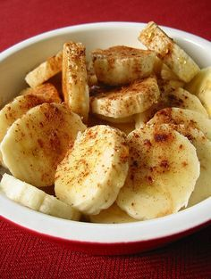 Baked Bananas With Honey & Cinnamon  (Dessert on the Mediterranean Diet?)