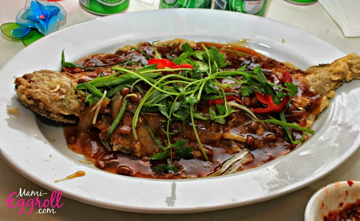 Mami-Eggroll: Cambodian Wedding Reception at Pailin, cambodian 9 course banquet meal , fried flounder fish