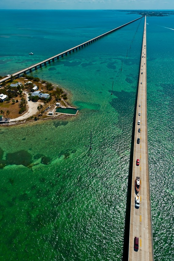 Aerial View of the Seven Mile Bridge, Florida Keys, Florida USA. ... Does not look as impressive when driving on it.