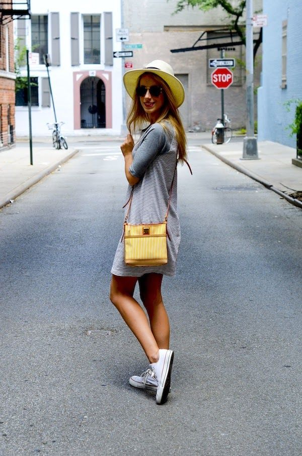 A Gap dress as featured on the blog @Katie Manwaring / Katie's Bliss.