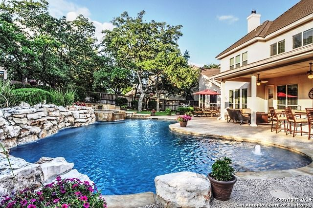 1000 images about stunning swimming pools on pinterest - Swimming pools in san antonio texas ...