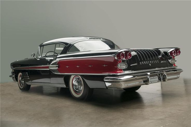 1958 PONTIAC BONNEVILLE 2 DOOR HARDTOP - Barrett-Jackson Auction Company - World's Greatest Collector Car Auctions