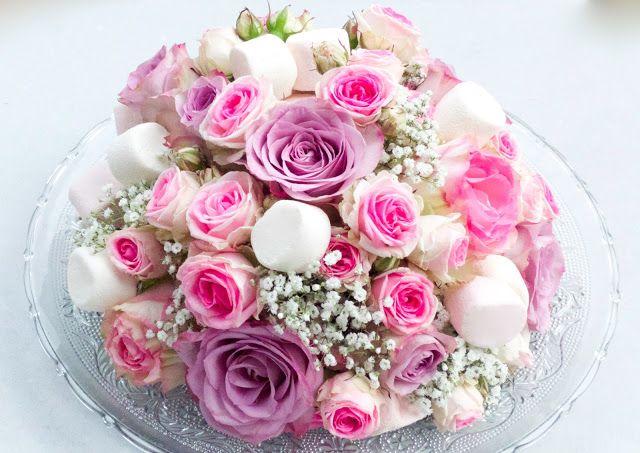 Julie Robin.Flowers Jue: Prototype de centre de table fleur et bonbon