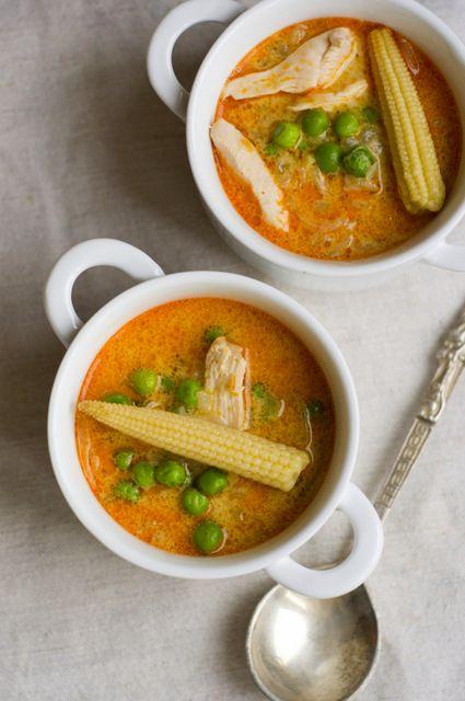 Zupa z kurczakiem i czerwona pasta curry | Filozofia Smaku