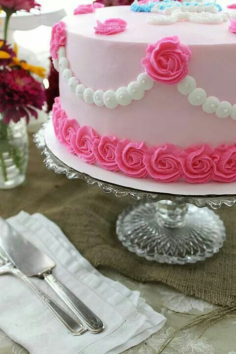 Facebook Ony Cake Decor : Rosettes and Pearl Swag (Cakes) Buttercream Cakes ...