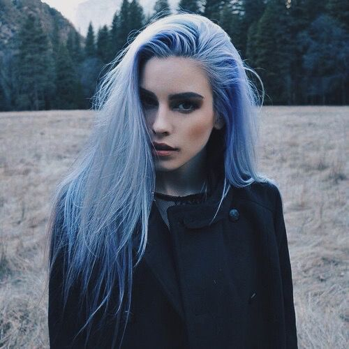 blue hair girl