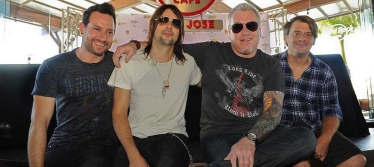 We Interviewed the Shit Out of the Dude from Smash Mouth | NOISEY