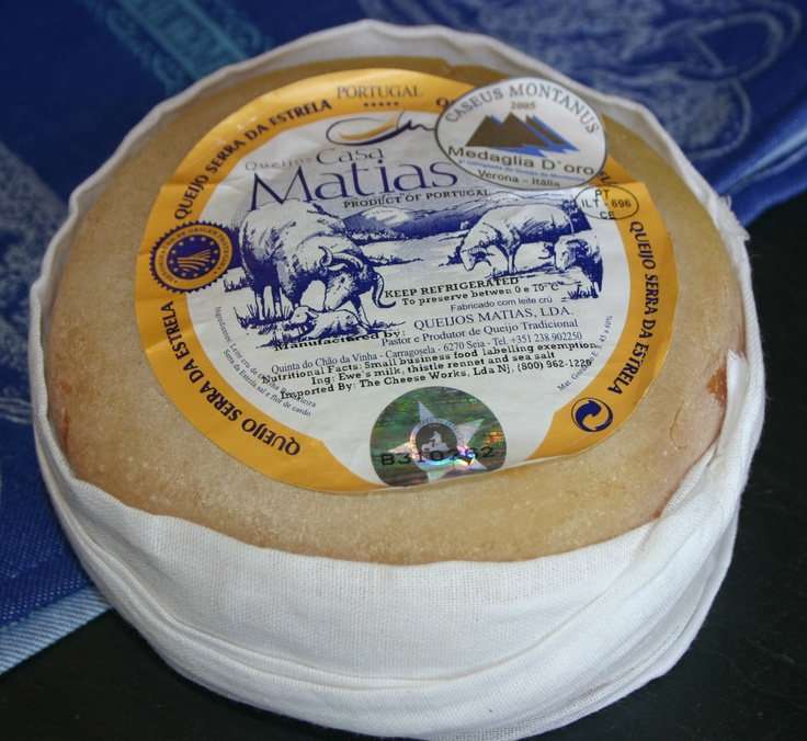 Serra da Estrella, Portuguese Cheese is not as well know as Spain, but can hold its own and is a quality product. 100% sheep's milk, age until the center is creamy and scoop out with country bread.