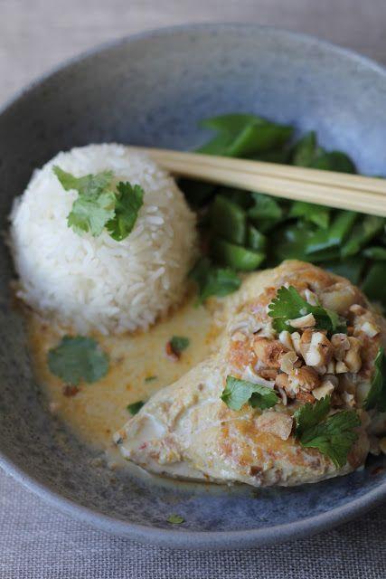 On dine chez Nanou | Curry de poulet au lait de coco et noix de cajou | Aujourd'hui un peu de soleil et de chaleur dans ma cuisine avec un bon plat bien parfumé : ...
