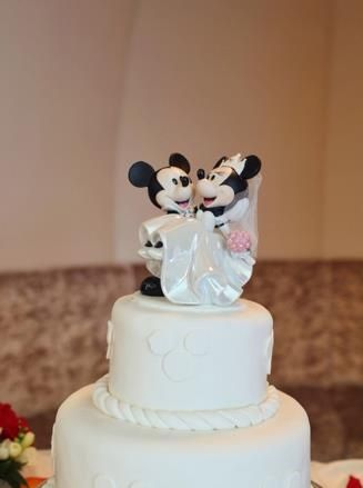 mickey and minnie mouse wedding cake toppers uk 54 best images about mickey mouse 17343