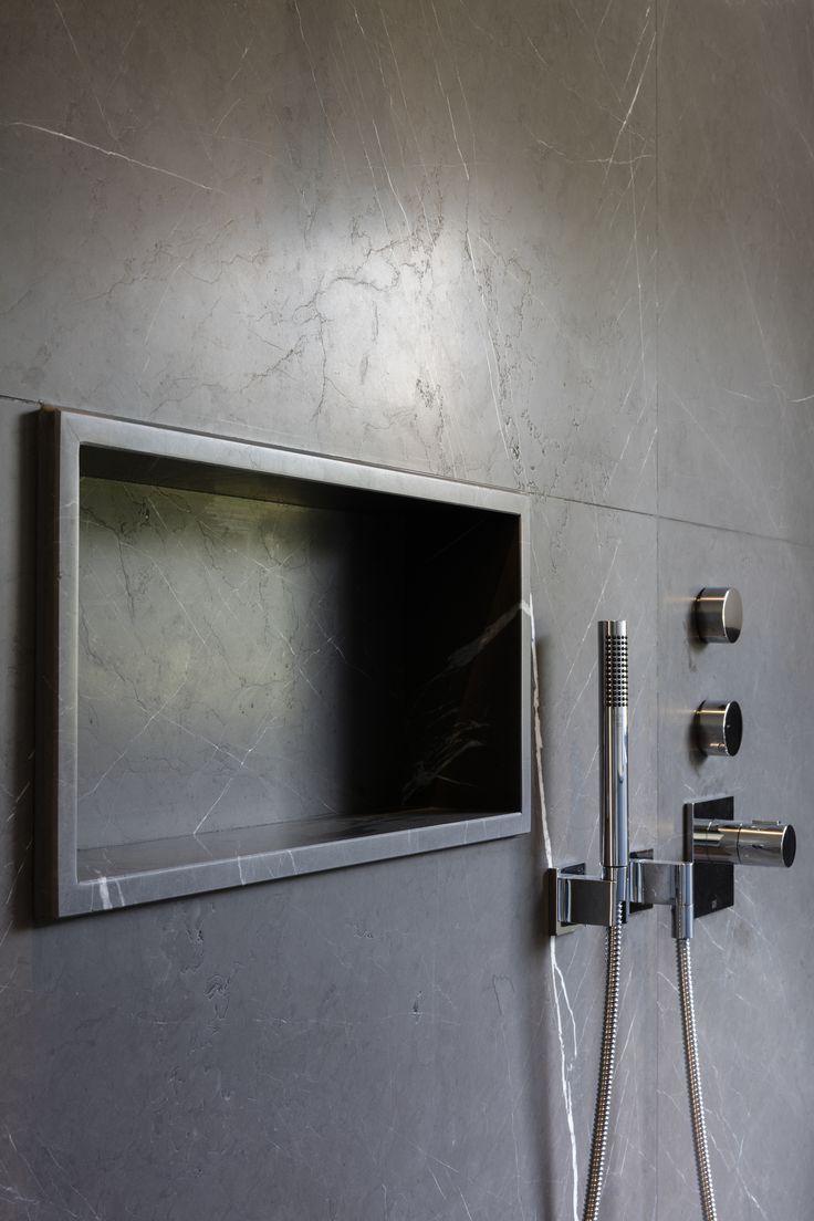 63 sensational bathrooms with natural stone walls - Natuursteen Beltrami Natural Stone Beltrami Lashotor Grey Skintouch Bathroom Badkamer Kitchen Keuken Architect Architectenbureau Bart Coenen