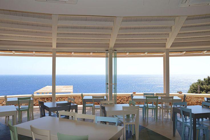 "L'Abbate Italia: Luxury Resort ""Le Capase"". Livia chair - Break table."