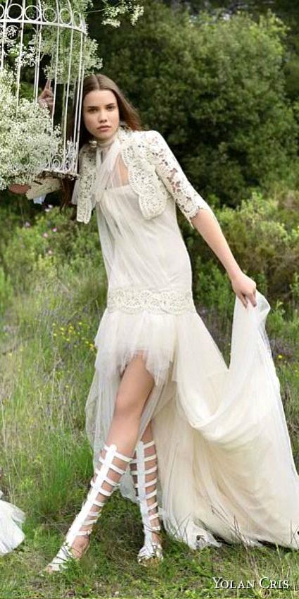 Las ideas distintas y con detalles originales son lo último en tendencia para bodas. En este sentido, las novias buscan trajes únicos y personalizados para un look sorprendente. Por eso hoy en Zankyou te presentamos esta genial alterntiva: vestidos de … Seguir leyendo →