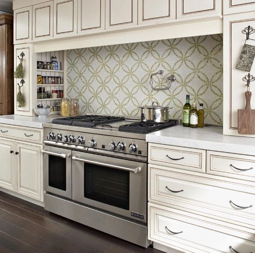 """Jenn-Air® 48"""" PRO-STYLE ® stainless GAS DOUBLE OVEN RANGE WITH GRIDDLE AND CONVECTION."""