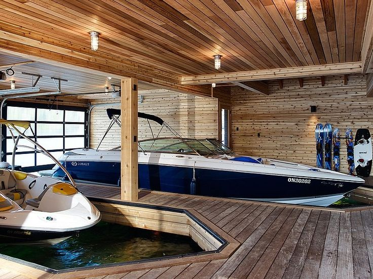 Lovely Floating Cabin With Integrated Boathouse