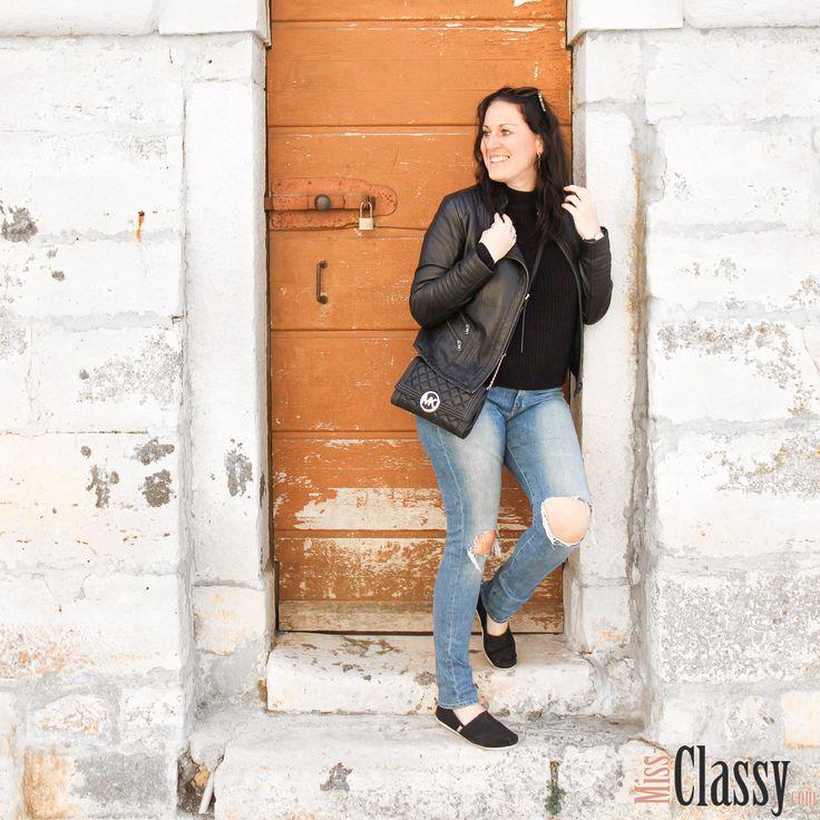 Zum Abend Essen geht's heute in den Buschenschank! Yummy!  _______________________________  Besucht mich auf meinem Blog:  http://www.miss-classy.com/  _______________________________  #missclassy #classy #beclassy #austria #steiermark #graz #igersgraz #grazerblogger #fashionblogger_at #austrianblogger #igersaustria #ootd #ootn #outfitoftheday #wiw #whatiwore #instastyle #todayimwearing #styleiswhat #streetstyle #madewell #theeverygirl #everydaymadewell #fashioninsta #fashiondaily…