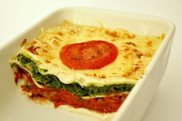 Lasagne met spinazie, champignons en tomaten · EVA maakt het plantaardig