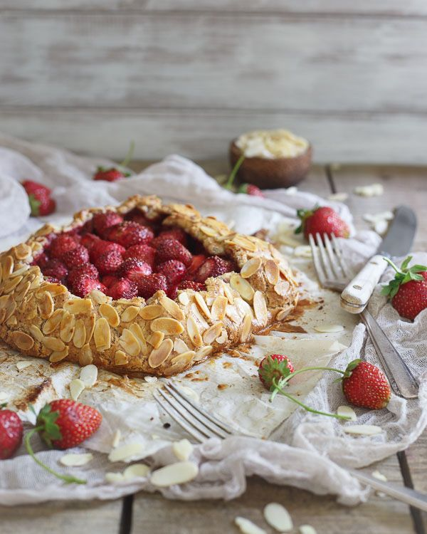... Strawberries Almonds, Food Desserts Pies Cheesecake, Nice Recipe, Food