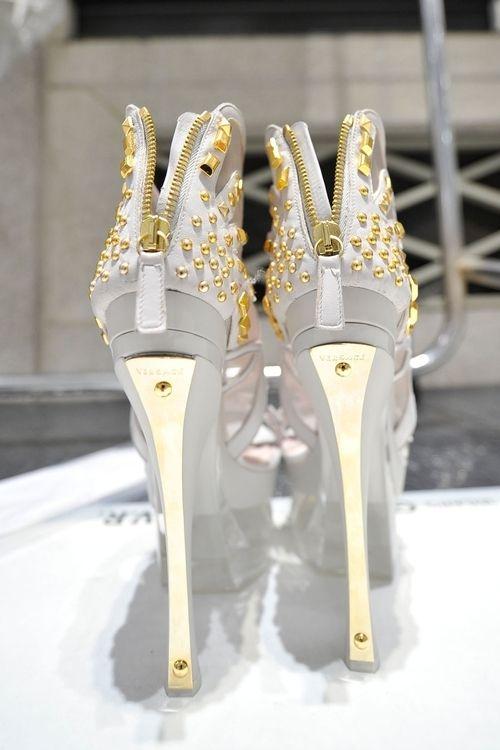 dc7c294e8b Pin by B I B A 🔥🕊 on HOT!!!!!Shoes _short Boots | Shoes, Versace ...