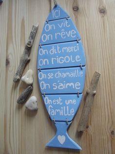 pancarte en bois poisson  et ses messages - RESERVE                                                                                                                                                                                 Plus