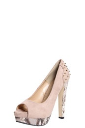 cream heels with studs, nothing could go wrong there