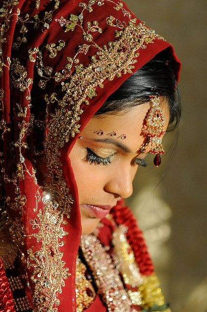 Hindu Wedding Bride Dress Beauteous