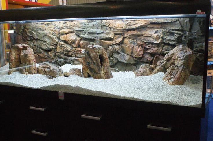 aquarium decorations rock wall slate rock aquarium i want to make a rock wall for 2017 fish. Black Bedroom Furniture Sets. Home Design Ideas