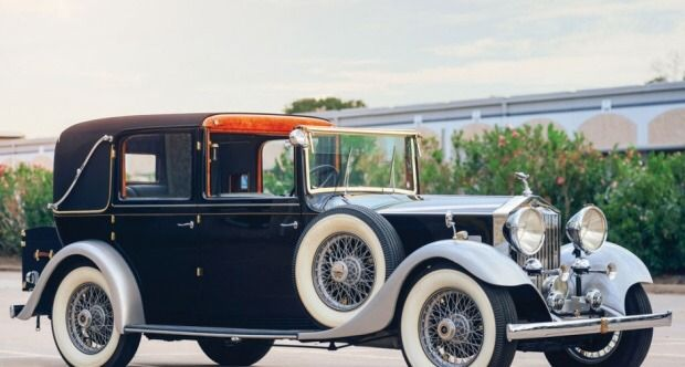 A magnificent 1933 Rolls Royce 20/25 Sedanca de Ville by Thrupp and Maberly. It's built on a 129 inch wheelbase and has a 3.7 litre 100 bhp 6 straight cylinder with a 4 speed gearbox. This appears to...