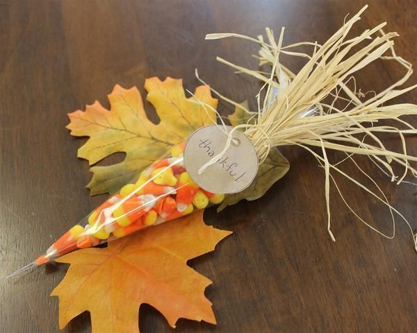Candy Corn - Thanksgiving table favor A fun festive gift for your Thanksgiving Day guests.  Use as a place setting or have them by the door to greet your guests before dinner or for them to take with them for the drive home.  You stamp the tags with your guests' names, they are the perfect place cards! We can also personalize for you.