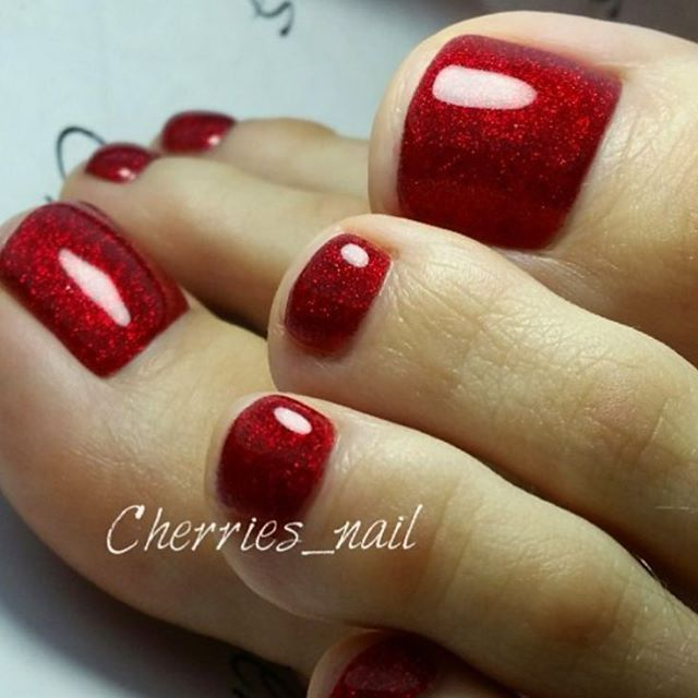 pretty red toes!
