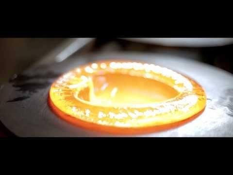 Lasinpuhallus / Glassblowing 2013, Muurla - YouTube
