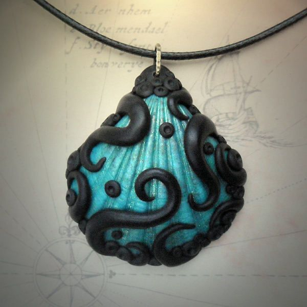 Tentacled Shell Necklace