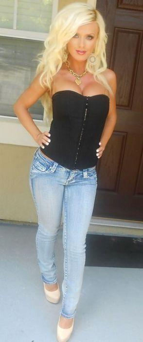 Blonde milf jeans sexy