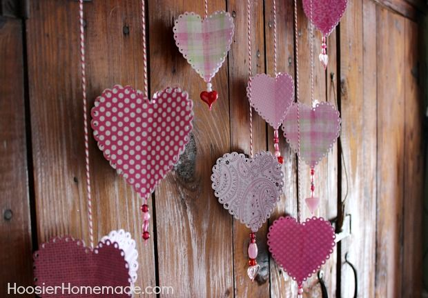 DIY How to make 3D Paper Hearts :: Instructions on HoosierHomemade.com