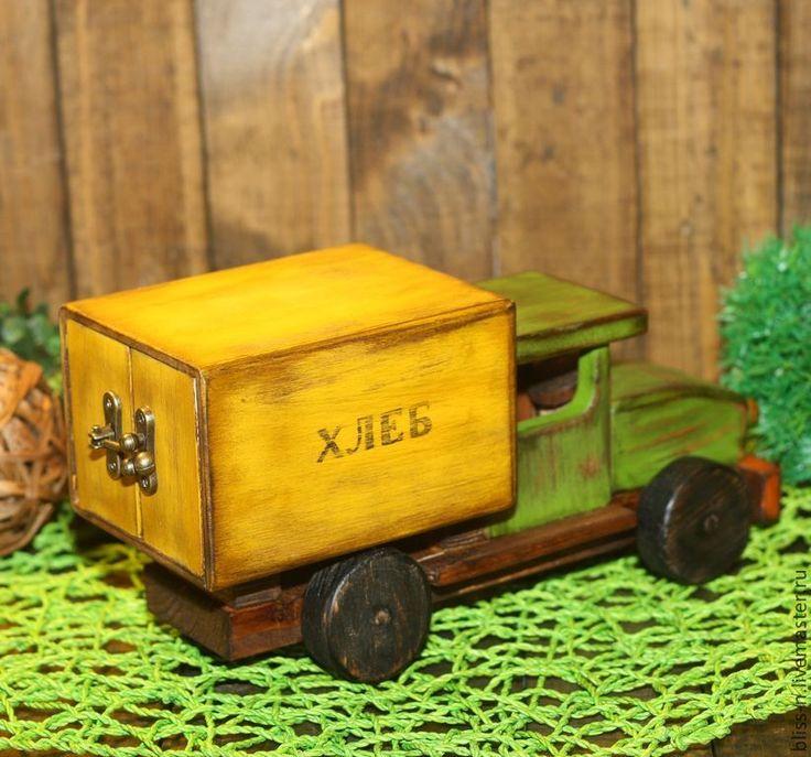 """Купить Хлебный фургон """"Рожденные в СССР"""" - деревянная игрушка, игрушка для мальчика, машинка для вырубки"""