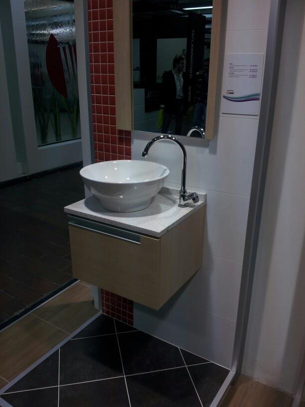 Mueble de baño con lavamanos tipo bisel-corona