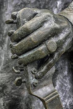 SRV ❤   Stevie Ray Vaughan Statue in Austin, TX