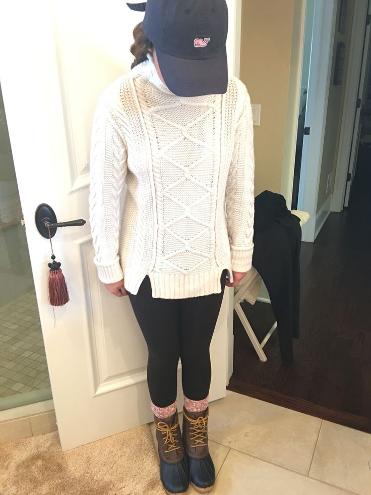 Vineyard Vines hat, j crew sweater, lululemon leggings, j crew socks, LL Bean Boots  #Preppy #VV