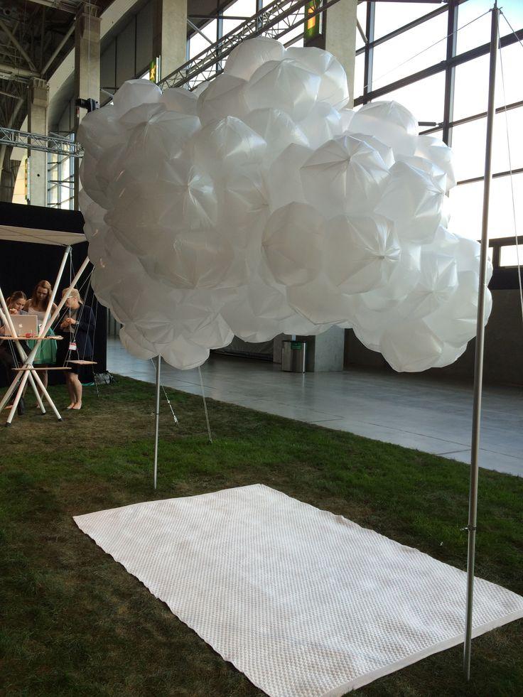Kesäisiä lekottelupaikkoja osa III: tuo pilvimäisyys on henkkoht taas niitä vetoavia juttuja....