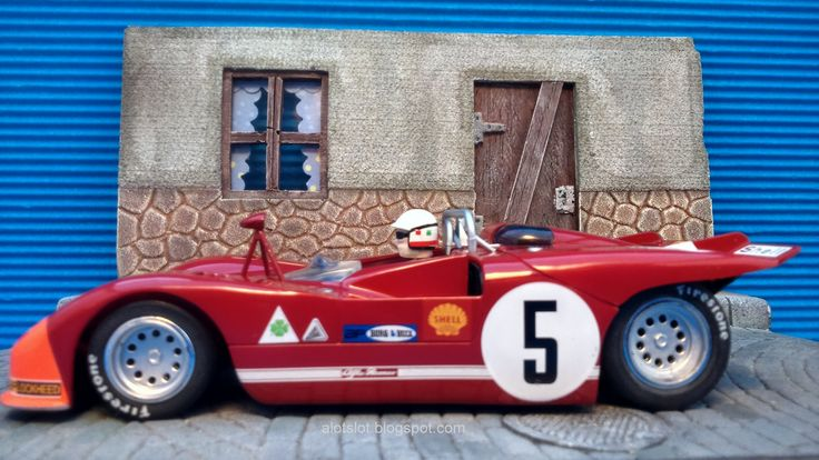 Diorama Town Street _Diorama Calle de Pueblo  #slot #slotcar #diorama #scalextric #ninco #carrera #scx  #diorama #street #cobblestone #alotslot #calle #callejon #adoquines #miniature #maqueta #hobby #modelism #alfa #33 #f1 #msc #pueblo #wrc #wec #endurance #car #old #retro
