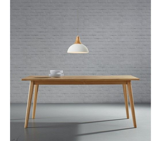 Rustikaler Esstisch mit natürlichem Charme - für Sie und Ihre Gäste