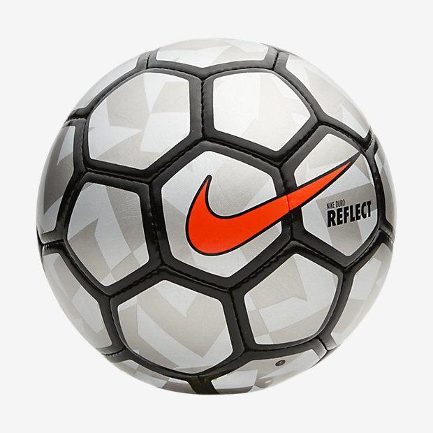 Nike Duro Reflect Football