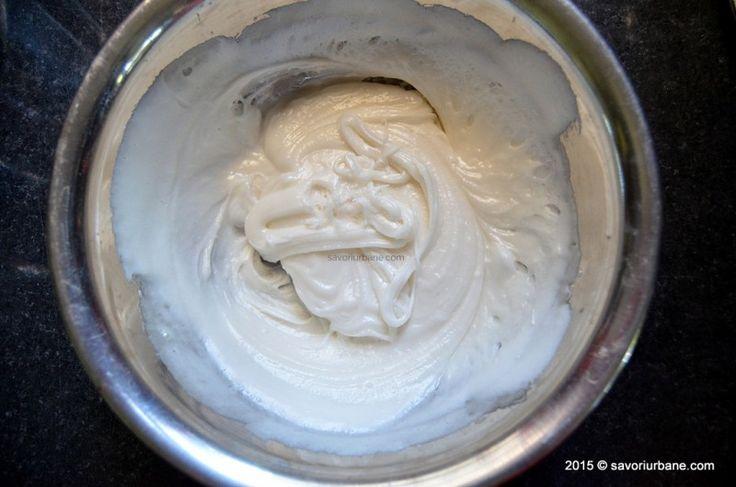Fondant reteta de cofetarie. Cum se prepara fondantul acasa? Cum folosim fondantul la creme, glazuri (amandine) sau bomboane? Ce facem cu un fondant zaharis