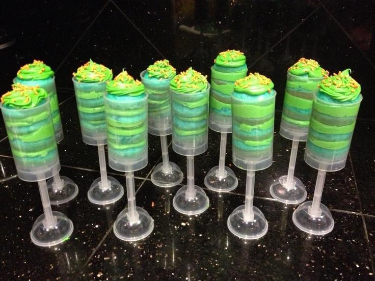 19 best cake push pops images on pinterest cake push pops cake pop and push up pops. Black Bedroom Furniture Sets. Home Design Ideas