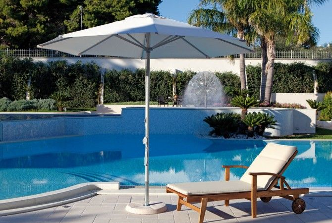 Ombrellone Trend bianco OpenD http://www.opend.it/shop/ombrelloni-e-gazebo/ombrellone-trend/